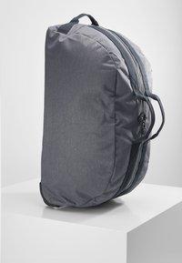 Kipling - DEVIN ON WHEELS - Wheeled suitcase - charcoal - 3