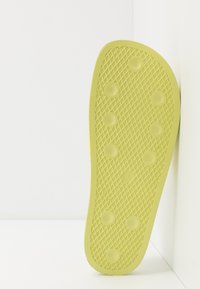ARKK Copenhagen - SLIDES - Pool slides - yellow glow - 4