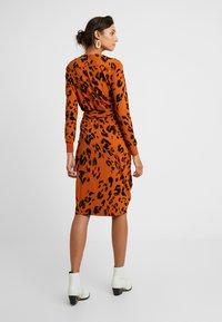 InWear - DRESS - Robe en jersey - rust - 2