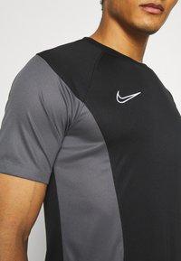 Nike Performance - DRY ACADEMY - Print T-shirt - black/iron grey/white - 3
