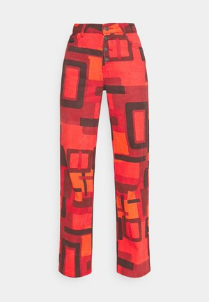PRINTED SLOUCHY FIT SMOKE PRINT - Flared jeans - red