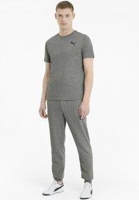 Puma - Pantalon de survêtement - medium gray heather - 1