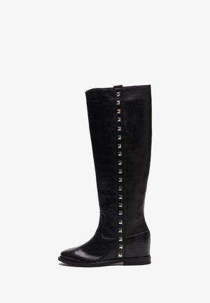 ANGELA - Laarzen met sleehak - schwarz