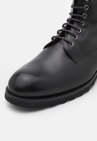 Magnanni - XL DUNA BOLCHESTER - Lace-up ankle boots - black - 5