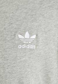 adidas Originals - ESSENTIAL TEE - T-shirt - bas - medium grey heather - 6