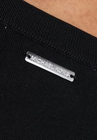 MICHAEL Michael Kors - CREW FLARE  - Robe fourreau - black - 3