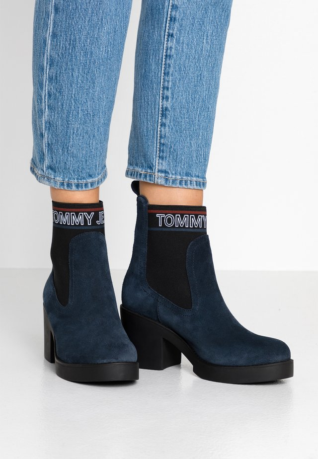 CORPORATE ELASTIC SUEDE BOOT - Platform ankle boots - blue