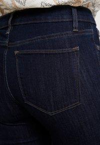 GAP - BOOT - Jeans Bootcut - dark rinse - 3