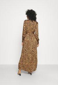 Banana Republic - ESSENTIAL DRESS  - Maxi dress - camel - 2