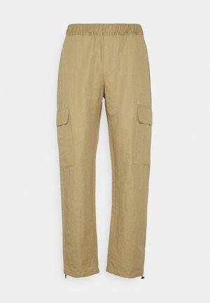 FRAIL LOORIX PANT - Cargo trousers - ecru