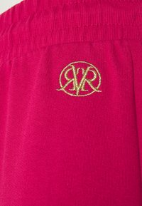 River Island Petite - Tracksuit bottoms - pink - 2
