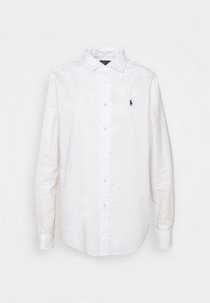 RELAXED LONG SLEEVE BUTTON FRONT SHIRT - Skjortebluser - white