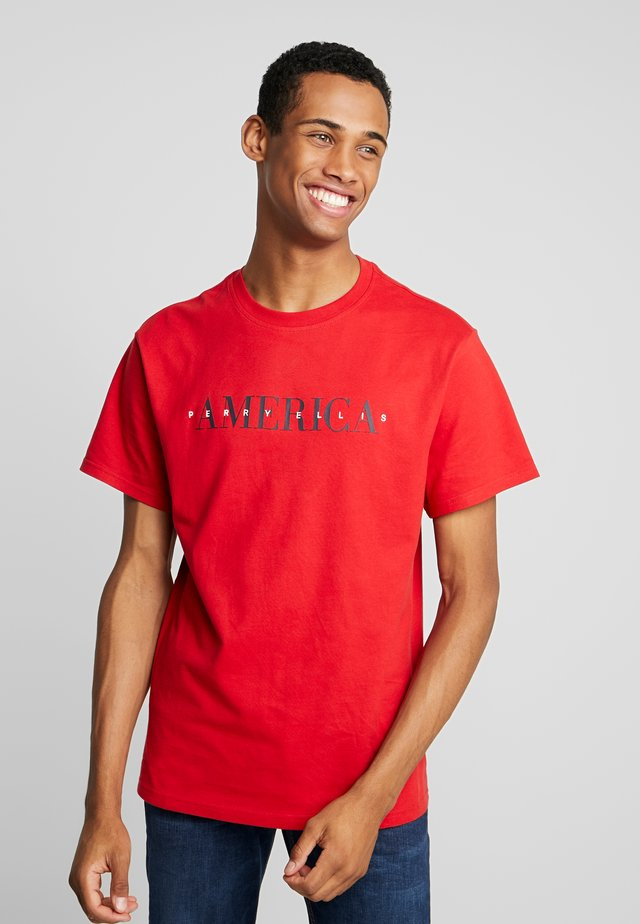 Print T-shirt - haute red