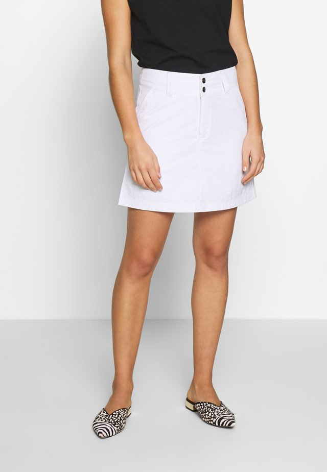 SABRINA - A-line skirt - white