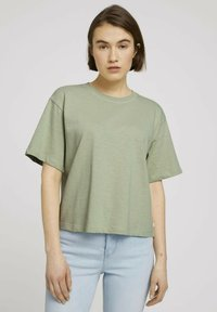 TOM TAILOR DENIM - Basic T-shirt - light dusty green - 0