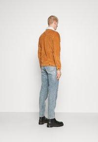 Denim Project - TEDDY JACKET - Tunn jacka - brown - 2