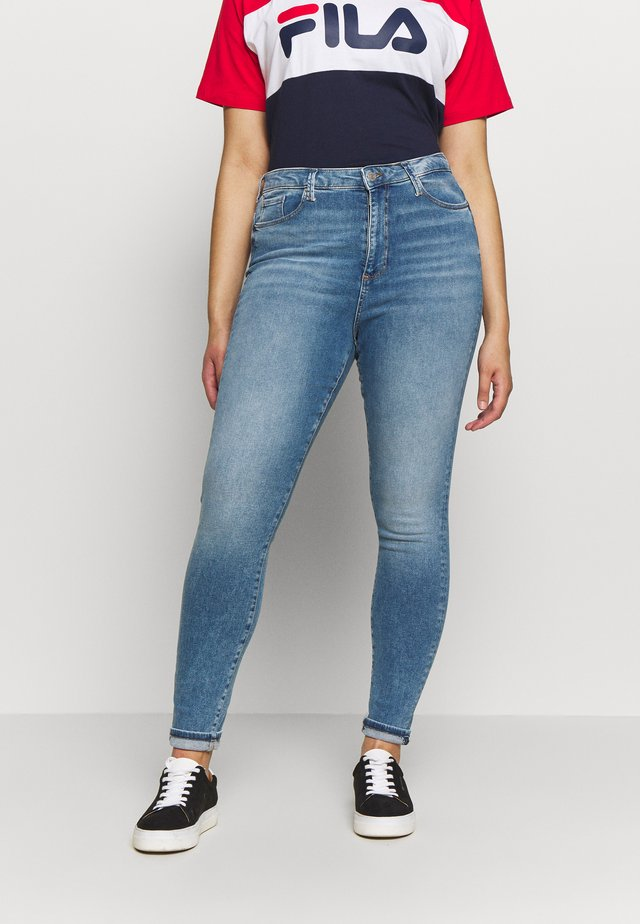 VMSOPHIA SKINNY JEANS - Jeans Skinny Fit - light blue denim