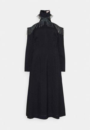 CUPCHAIN CUT OUT SHOULDER DRESS - Cocktailkleid/festliches Kleid - dark navy