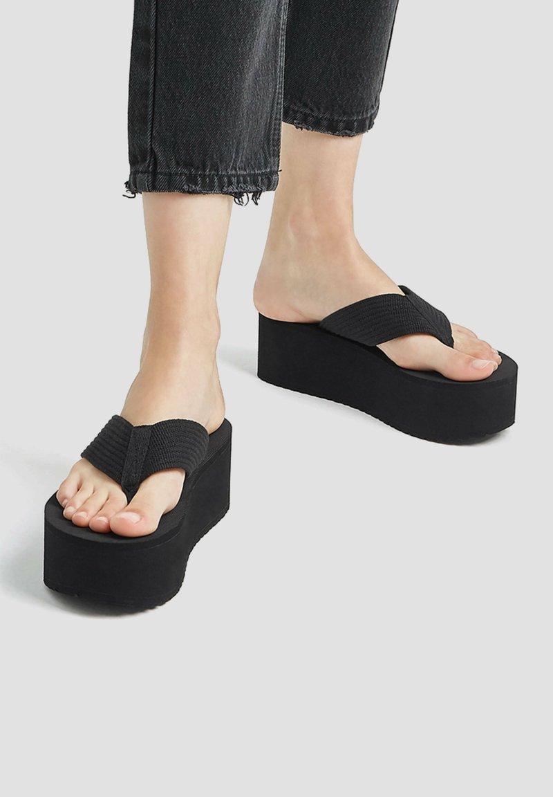 PULL&BEAR - T-bar sandals - black