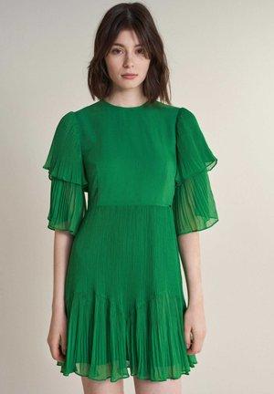 LOVELAND - Day dress - green