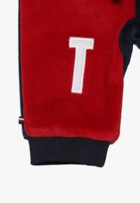 Tommy Hilfiger - BABY COLORBLOCK - Trousers - black iris - 3
