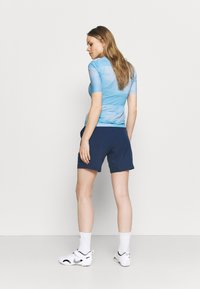 CMP - WOMAN FREE BIKE BERMUDA WITH INNER UNDERWEAR 2-IN-1 - kurze Sporthose - blue - 2