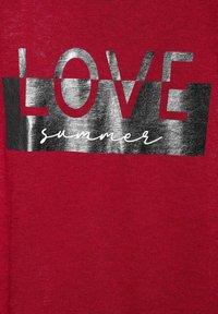 Street One - MIT FOLIENPRINT - Print T-shirt - rot - 4