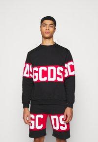 GCDS - BAND LOGO CREWNECK - Sweatshirt - black - 0