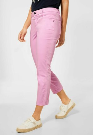 CASUAL FIT - Slim fit jeans - rosa
