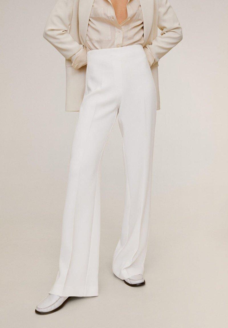 Mango - PALACHIN - Spodnie materiałowe - ecru