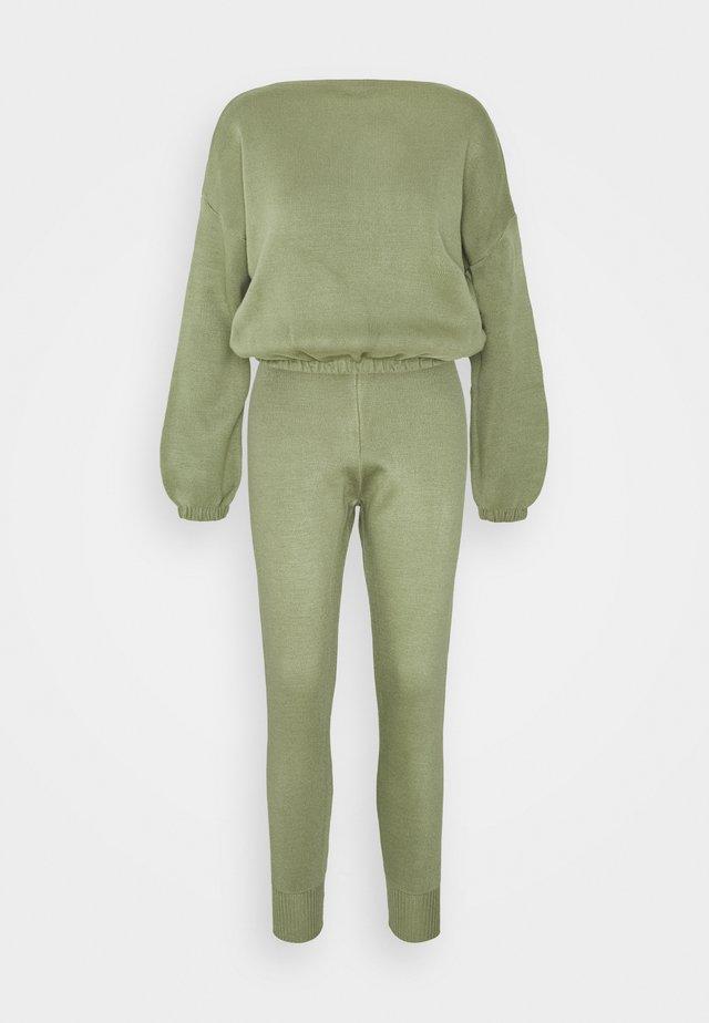 SET - Sweater - mint