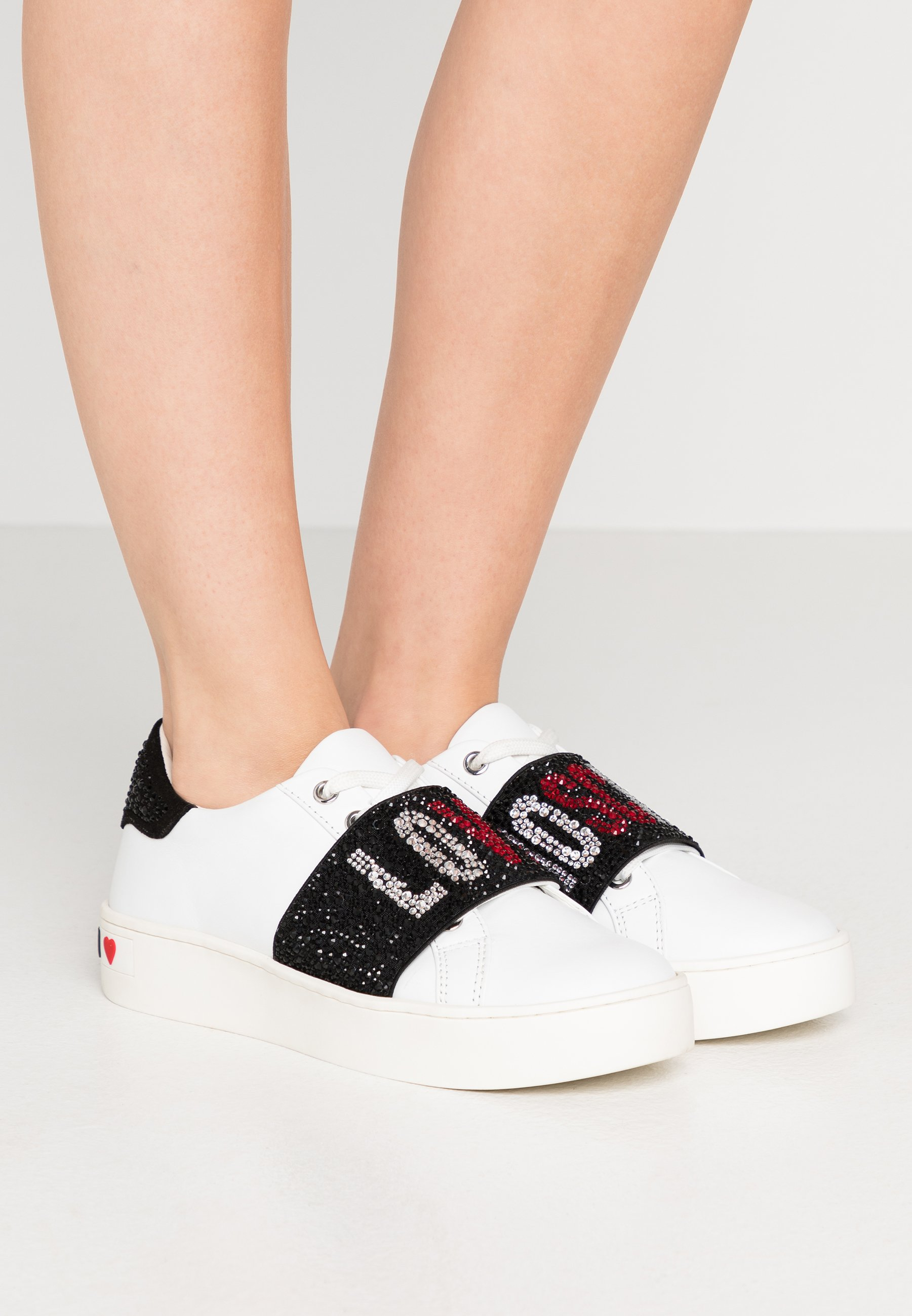 Gutes Angebot Love Moschino STRASS BAND - Sneaker low - white | Damenbekleidung 2020