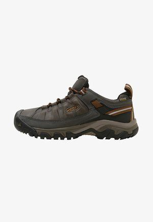 TARGHEE III WP - Hiking shoes - black olive/golden brown