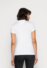 Tommy Hilfiger - HERITAGE SHORT SLEEVE - Polo shirt - classic white - 2