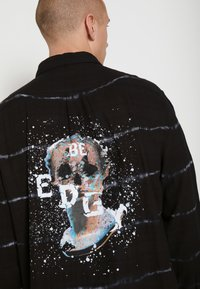 Be Edgy - BEACTON - Shirt - black batic - 3