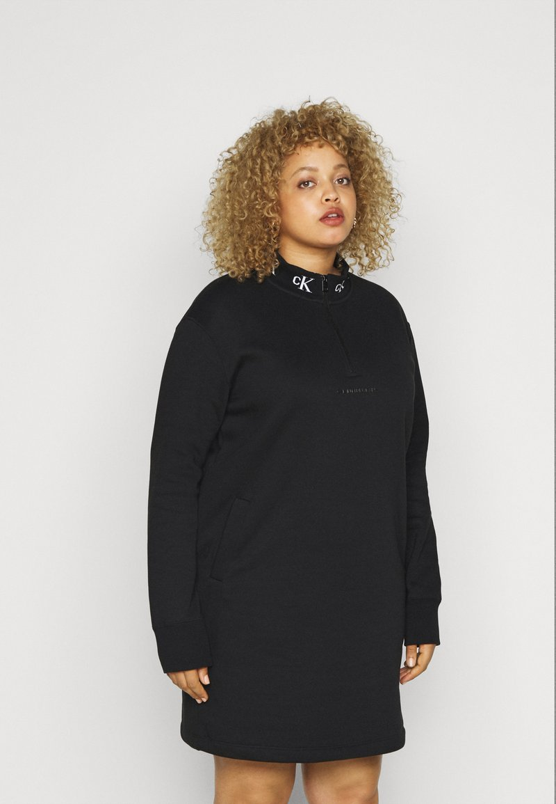 Calvin Klein Jeans Plus - LOGO TRIM - Vestito estivo - black