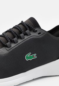 Lacoste - FIT - Sneakers basse - black/white - 5