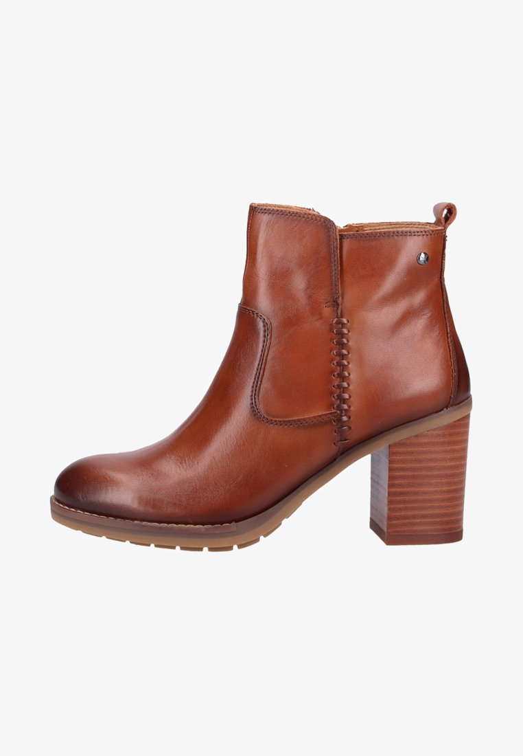 Pikolinos - Classic ankle boots - brown