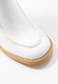 Koi Footwear - VEGAN  - Ankelboots med høye hæler - white - 2