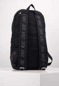 Nike Sportswear - ESSENTIALS UNISEX - Rucksack - black/dark smoke grey - 1
