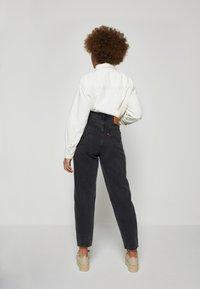 Levi's® - ZOEY PLEAT UTILITY - Button-down blouse - ecru crew - 2