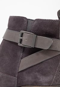 Pier One Wide Fit - Ankle boots - grey - 2