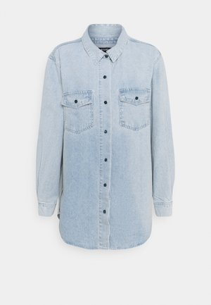 BOYFRIEND FIT - Button-down blouse - blue