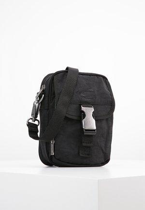JOURNEY - Across body bag - schwarz