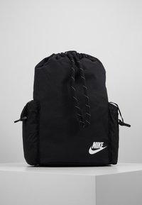 Nike Sportswear - HERITAGE UNISEX - Batoh - black/white - 4