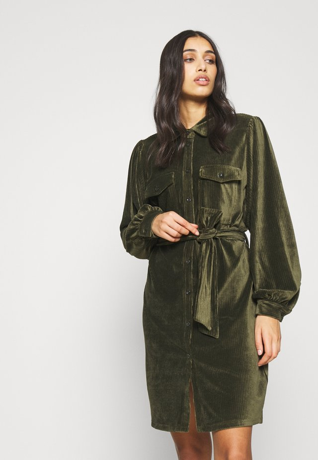 OBJPENELOPE SHIRT DRESS - Korte jurk - forest night