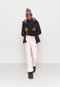 Roxy - DAKOTA - Snowboard jacket - true black - 1