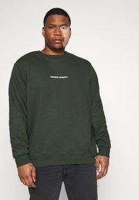 URBN SAINT - BEN - Sweater - rosin - 0