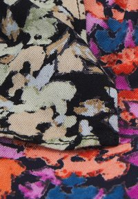 Pieces - PCANLINE 2-PACK SCRUNCHIE  - Hair styling accessory - sky captain/artsy flower-black - 2