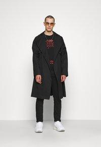 John Richmond - APOLLYONN - Sweatshirt - black - 1